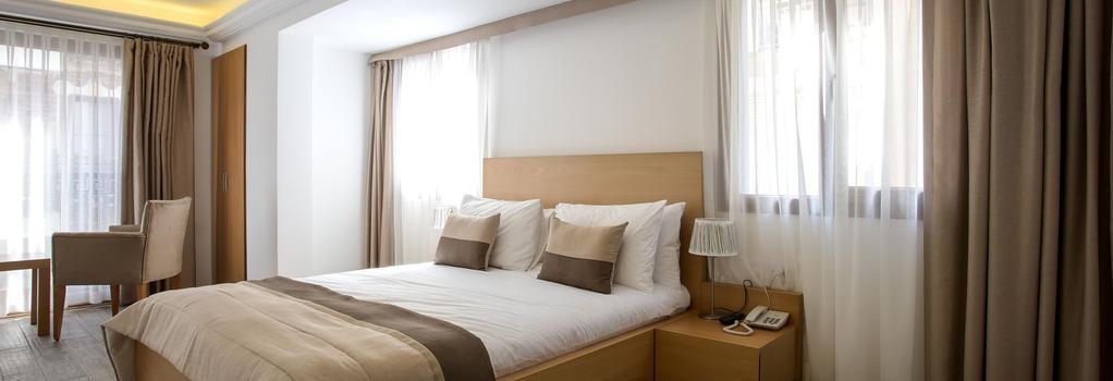MB City Hotel - 이즈미르 - 침실