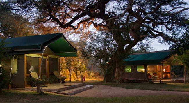 Elephant Valley Lodge - Kasane - 건물