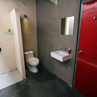 카윤 호스텔 Bathroom