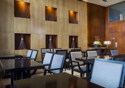 Dom Carlos Liberty Hotel - 리스본 - 레스토랑