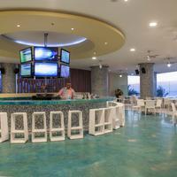 라스 아메리카스 토레 델 마르 Sports Bar