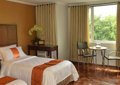 더 코퍼레이트 인 호텔 - 마닐라 - 침실