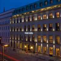 타이타닉 겐트아르멘마르크트 베를린 호텔 Hotel Front - Evening/Night