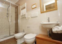 DG 프레스티지 룸 비앤드비 - 로마 - 욕실