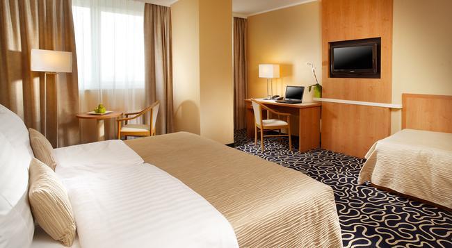 OREA 호텔 피라미다 프라하 캐슬 - 프라하 - 침실