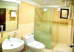 호텔 로얄 팜 - 우다이푸르 - 욕실