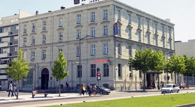 Best Western Hotel d'Anjou - Angers - 건물
