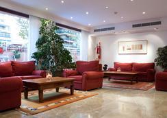 호텔 마르마담스 - 팔마데마요르카 - 로비