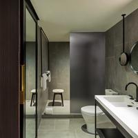 더 타임 뉴욕 Bathroom
