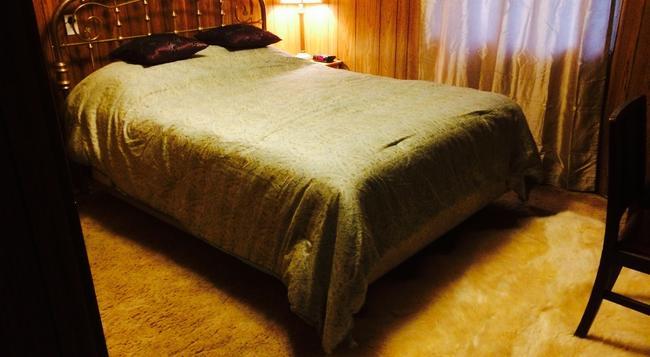 Juneau Guesthouse - 주노 - 침실
