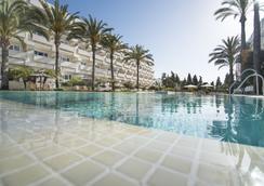 Alanda Hotel Marbella - 마르베야 - 수영장
