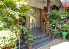Sunshine Hotel & Hall - Trincomalee - 야외뷰