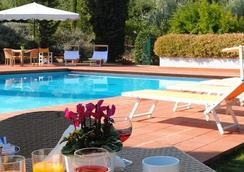Poggio Del Golf Residence & Club - 피렌체 - 수영장