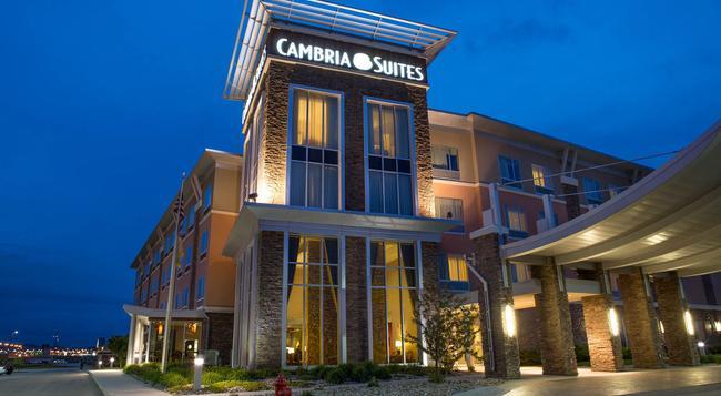 캠브리아 호텔 앤 스위트 - 래피드시티 - 건물
