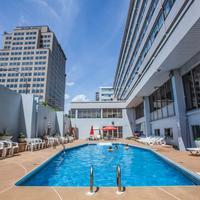 호텔 에스프레소 몬트리올 센터-빌 / 다운타운 Outdoor Pool