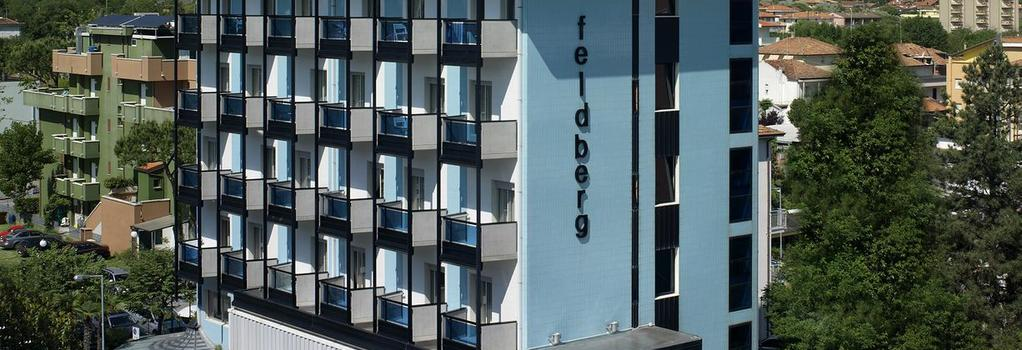 Hotel Feldberg - 리치오네 - 건물
