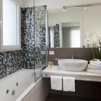 Hotel Biancamano Bathroom