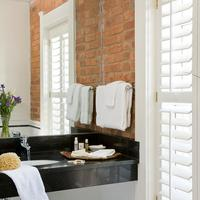 Embassy Circle Guest House Bathroom