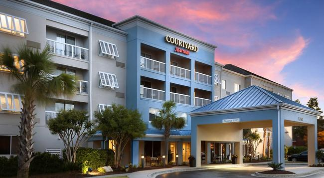 Courtyard by Marriott Myrtle Beach Broadway - 머틀비치 - 건물