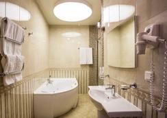고골 호텔 - 상트페테르부르크 - 욕실