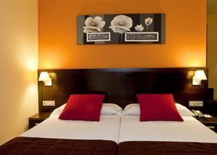 이타카 푸엔히롤라 호텔