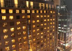 프루덴셜 호텔 - 홍콩 - 건물