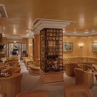 호텔 쾨니히스호프 Hotel Bar