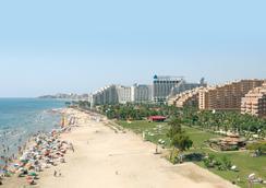 호텔 마리나 디'오르 플라야 4 - Oropesa del Mar - 해변