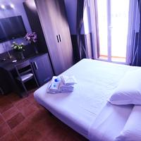 Hotel Mirti Guestroom
