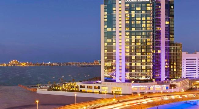 더블트리 바이 힐튼 호텔 두바이 - 주메리라 비치 - 두바이 - 건물
