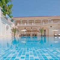 Villa le Premier Pool View