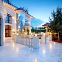 Villa le Premier Property Grounds