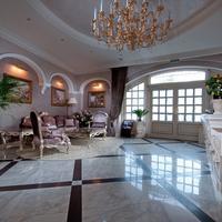 Villa le Premier Lobby