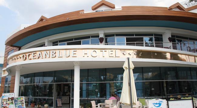 Ocean Blue High Class Hotel - 페티예 - 건물