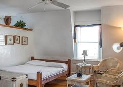 Smallest Bar Inn - 키웨스트 - 침실
