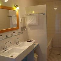 로 호텔 Bathroom
