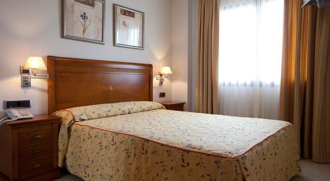 Hotel Daniya Denia - 데니아 - 침실