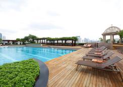 빠뚜남 프린세스 호텔 - 방콕 - 수영장