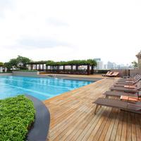 빠뚜남 프린세스 호텔 Pool