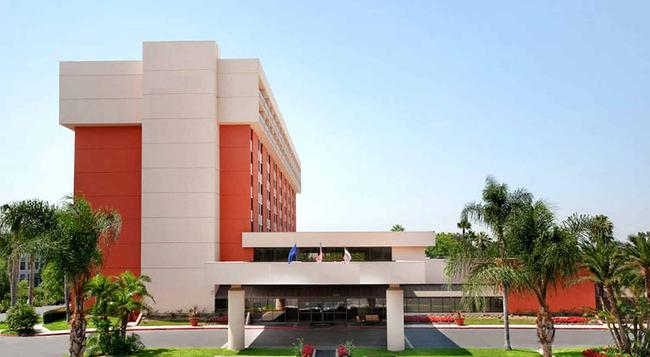 Ontario Airport Hotel and Conference Center - 온타리오 - 건물