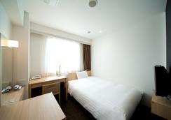 호텔 썬라인 후쿠오카 하카타 에키매 - 후쿠오카 - 침실