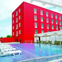 Hotel Hex Pool Area
