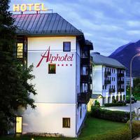 알프호텔 인스부르크 Hotel Front - Evening/Night