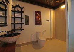 하누마날라야 빌라 - 시엠레아프 - 욕실