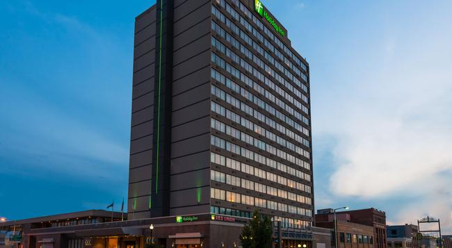 Holiday Inn Lincoln-Downtown - 링컨 - 건물