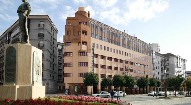 Senator Huelva - 우엘바 - 건물
