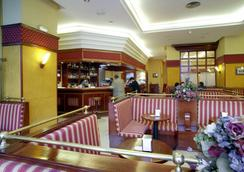호텔 몬테 푸에르타티에라 - 카디스 - 레스토랑