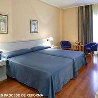 호텔 몬테 푸에르타티에라 Habitacion en proceso de reforma