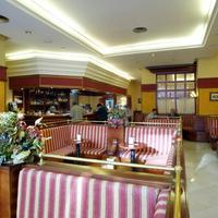 호텔 몬테 푸에르타티에라 Bar/Lounge