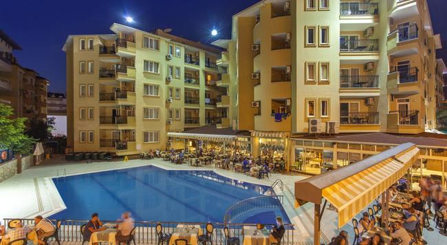 클레오파트라 로얄 팜 호텔 - 알라냐 - 건물